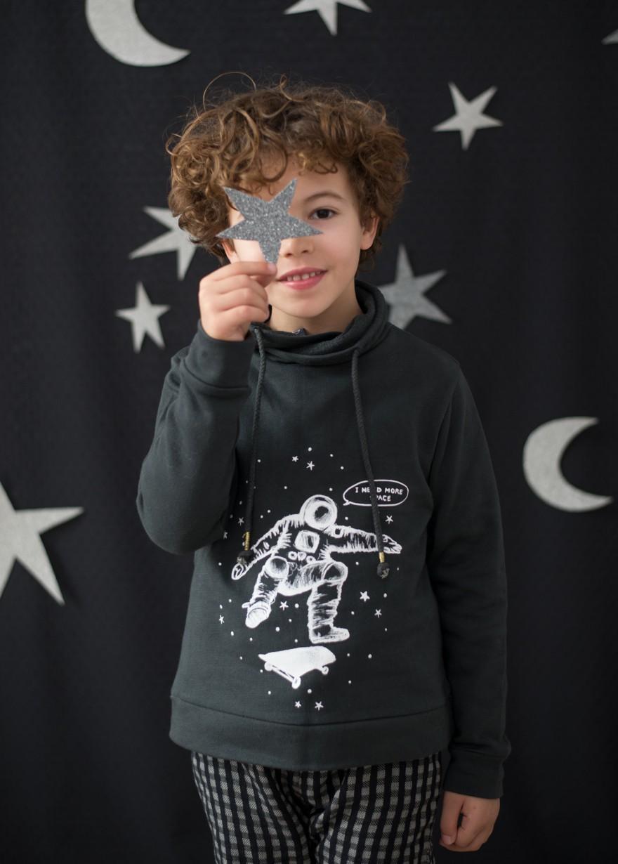 plumeti-rain-sudadera-astronauta